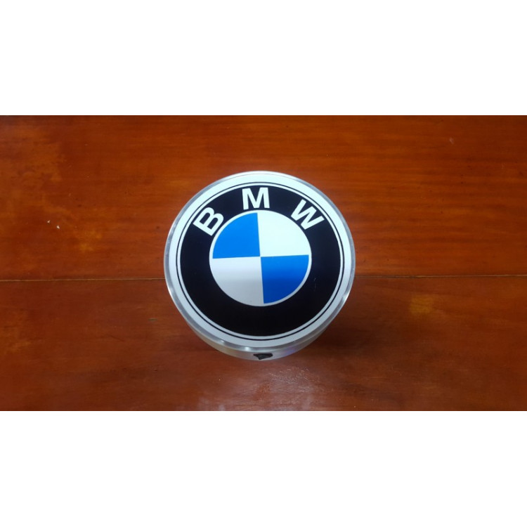 Luminoso BMW